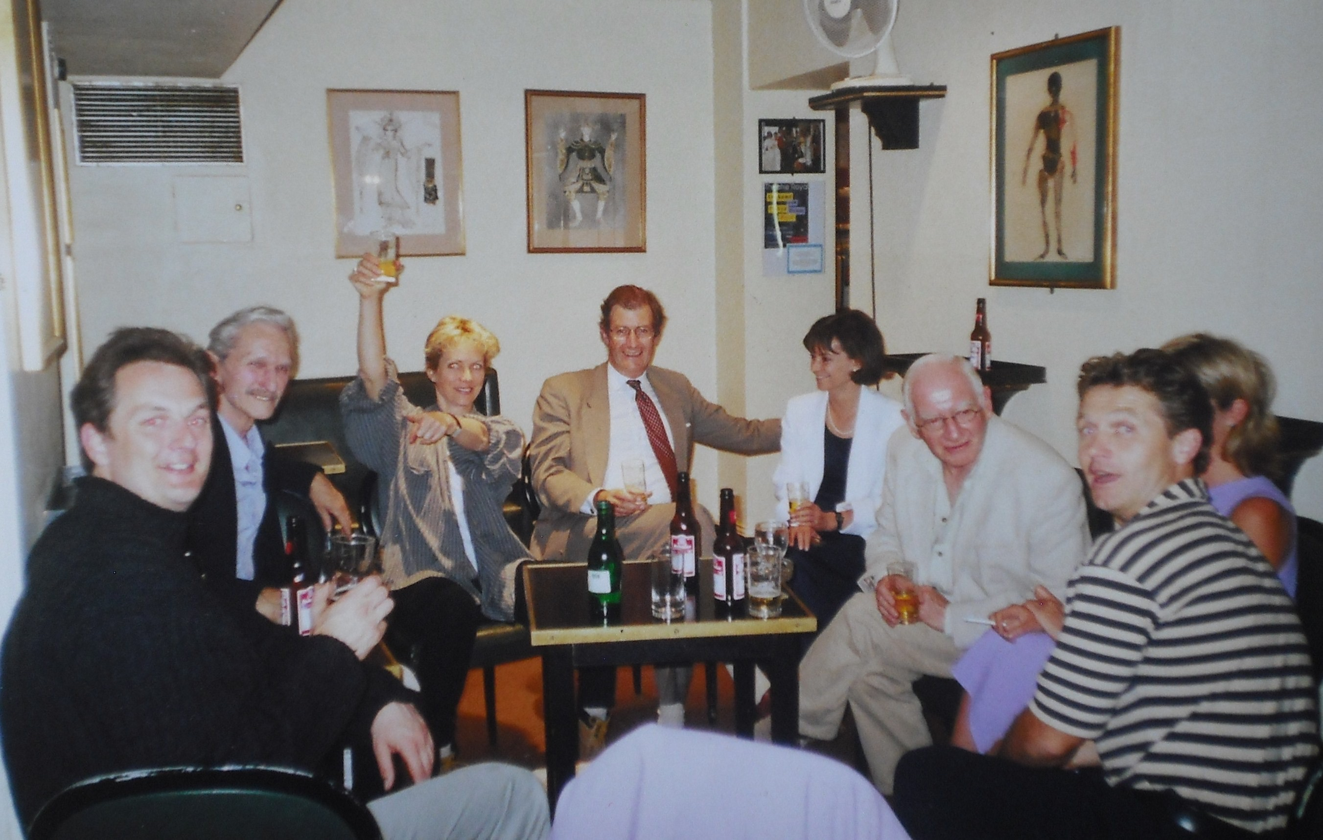 Marcus Lloyd, Donald Howarth, Jenny Seagrove, Mark Piper,  Steven Pinder